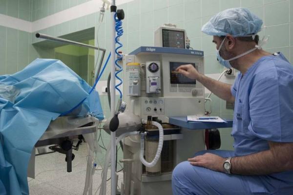 chirurgie-ruky01AD8E2D-1470-2330-C183-8F7E51D55F37.jpg