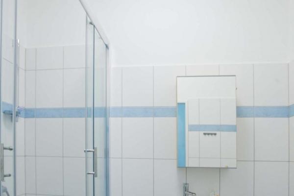 toaleta2150C9170-9AF2-0676-E705-DD4975333CF9.jpg